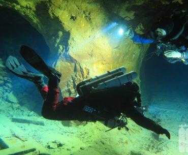 Dubnik / Slowakei: Slovenské opálové bane – Tauchen in der Opal Mine